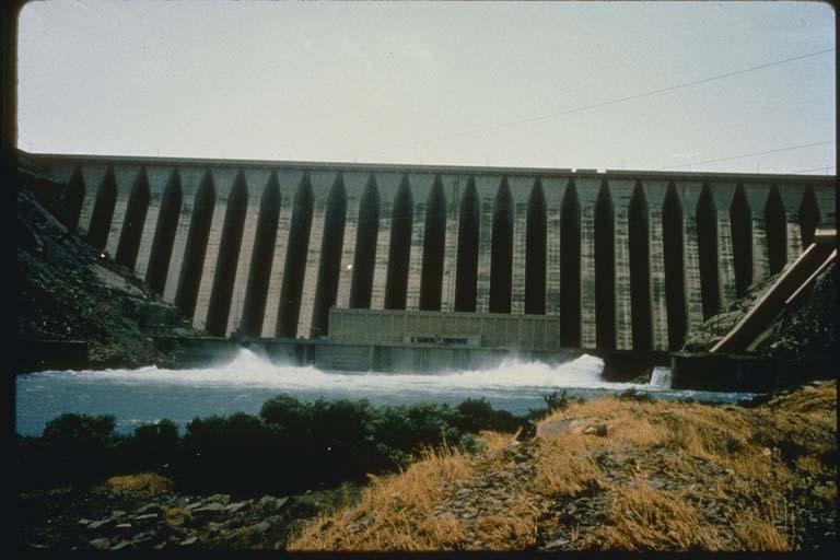 Sefid Rud Dam, Iran