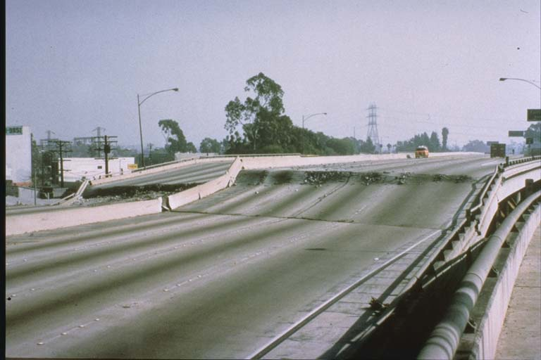 Failure of I-10 in Culver City