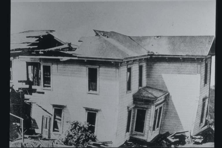 Fault Severs House, Santa Cruz County