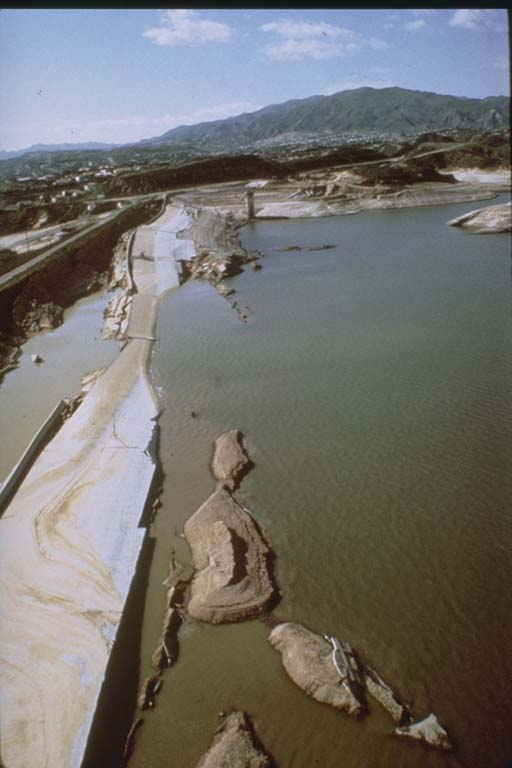 Van Norman Dam (Lower San Fernando Dam) (1971)