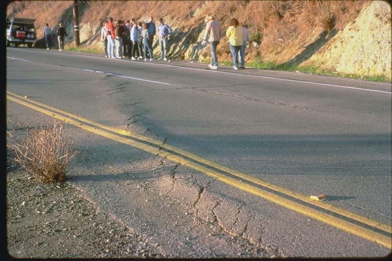 En echelon shears crossing street, Hayward