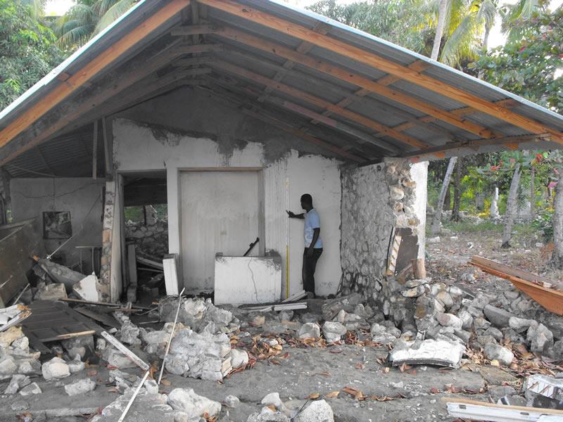 Tsunami Damage near Petit Paradis