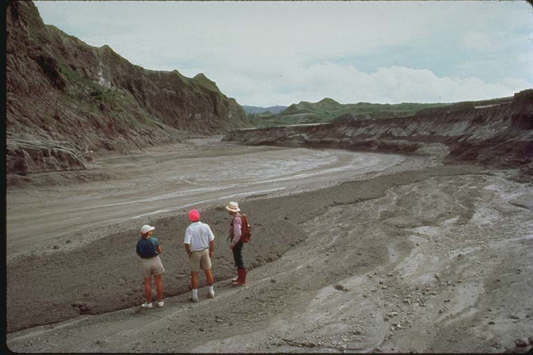 Scientists Observe a Hot Mudflow