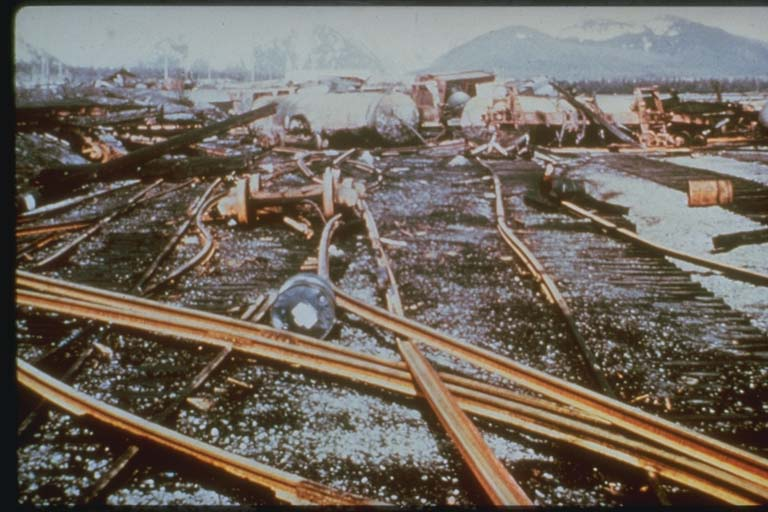 Tsunami Damage to Railroad Facilities