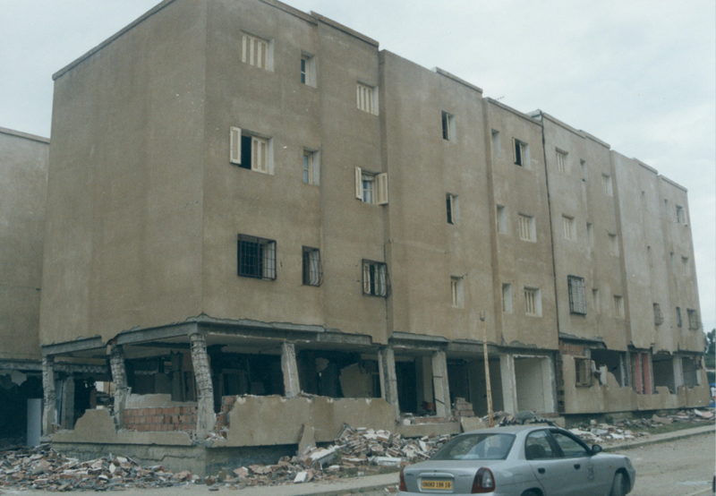 Damage to an apartment building with a soft first story in Bordj-El-Kiffan City, Algeria